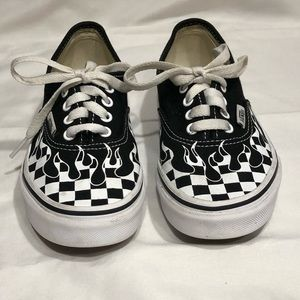 Vans Bl & White Checkered Flame Kid's Shoes Sz 2Y